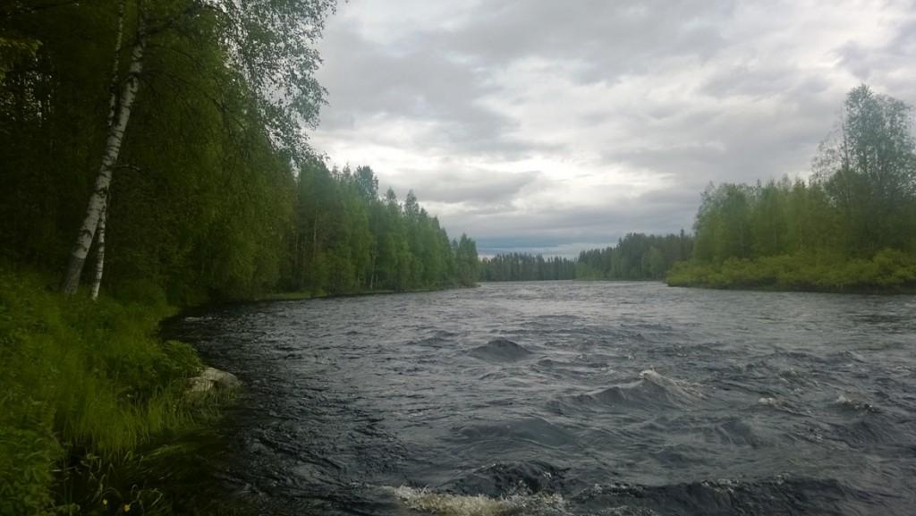 Vettä_riiittää